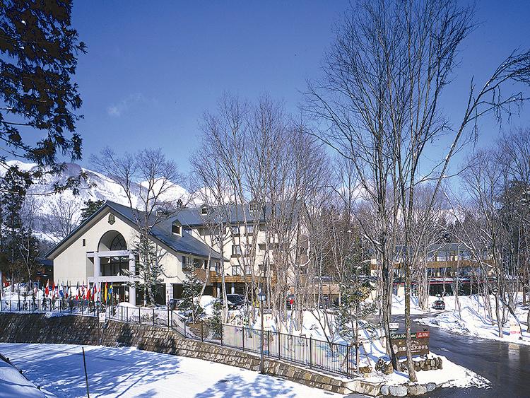 白馬樅の木ホテル指定(リフト2日券付き/朝・夕食付き/バス・トイレ付き)